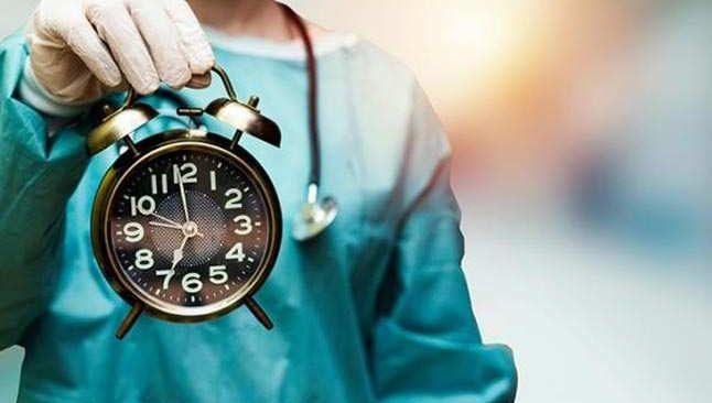 Bilim insanları araştırdı: Korona bakın en çok hangi saate ortaya çıkıyormuş!