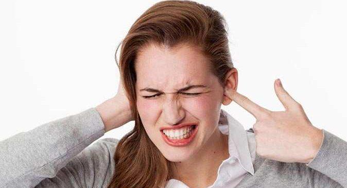 Kulağında çınlama olanlar dikkat! Prof. Dr. Ünal Bayiz uyardı