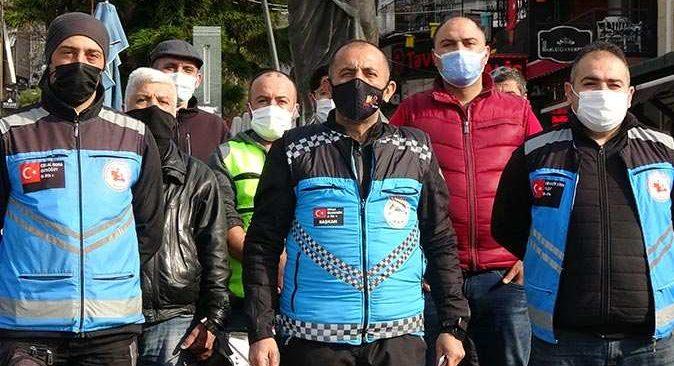 Motosikletli kuryeler bir araya gelip basın açıklaması yaptı