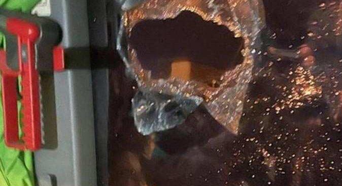 Futbola yakışmadı! Giresunspor'un takım otobüsü taşlandı