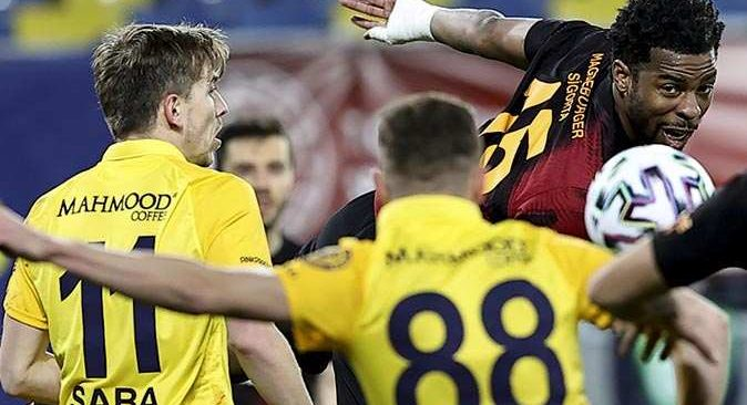 SON DAKİKA! Galatasaray Ankaragücü'ne mağlup oldu