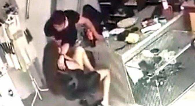 Marmaris'te kadına şiddet kameralara yansıdı!