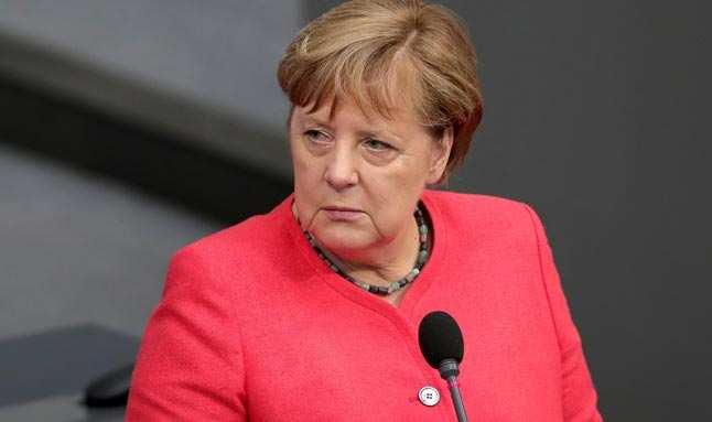 Almanya'nın ilk seçimlerinde sandıklardan koalisyon çıktı