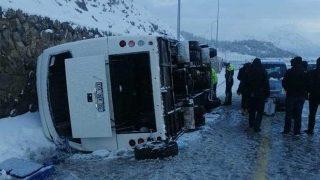 SON DAKİKA... Kayseri'de midibüs devrildi! Çok sayıda yaralı var