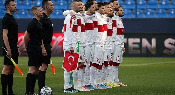 Milli Takım'da 3 futbolcunun koronavirüs testi pozitif çıktı