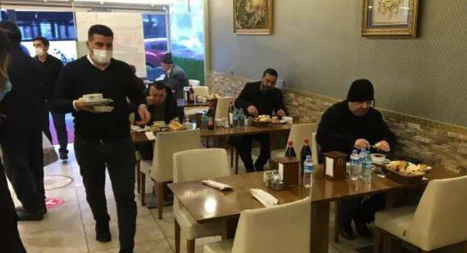Herkes bu anı bekliyordu! İstanbul'da kafe ve restoranlar ilk müşterilerini aldı!