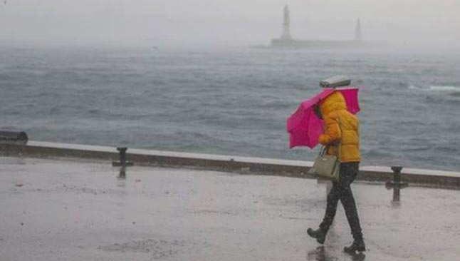 Meteoroloji'den sağanak ve fırtına uyarısı...