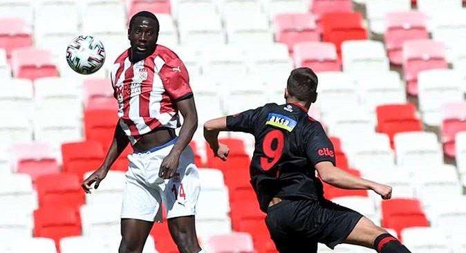 Sivasspor tek golle kazandı