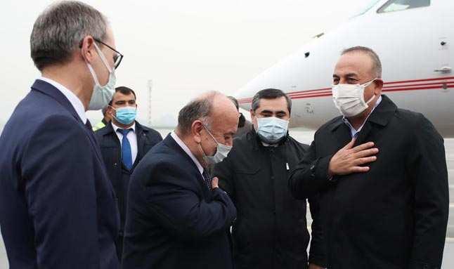 Bakan Mevlut Çavuşoğlu ikili ilişkileri ele almak için Tacikistan'da