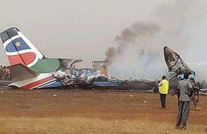 SON DAKİKA! Güney Sudan'da uçak düştü! 10 kişi hayatını kaybetti