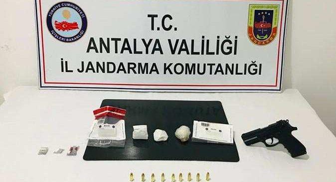 Manavgat'ta zehir tacirlerine operasyon!