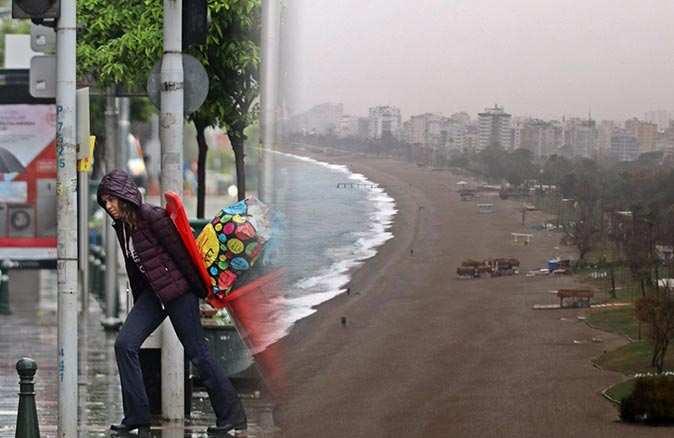 Antalya'da şiddetli yağış hayatı felç etti