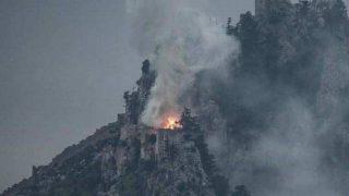 Tarihi St. Hilarion Kalesi cayır cayır yandı