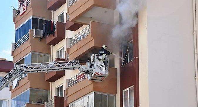Antalya'da bir anda dumanlar yükseldi! Ekipler harekete geçti