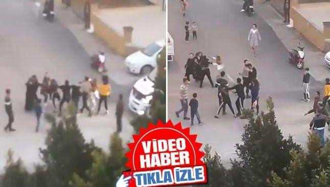 Zeytinköy'de saç saça baş başa kavga