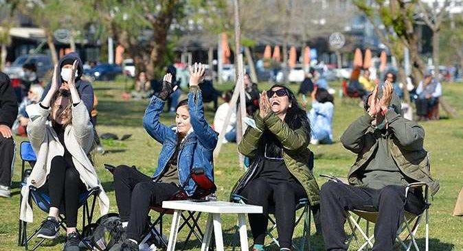 Muratpaşa Belediyesi'nden müzisyenlere büyük destek