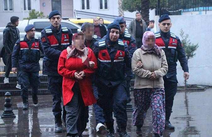 Gülsüm Çınar'ı öldürmek suçlamasıyla yargılanan 2 kızı ve damadı beraat etti