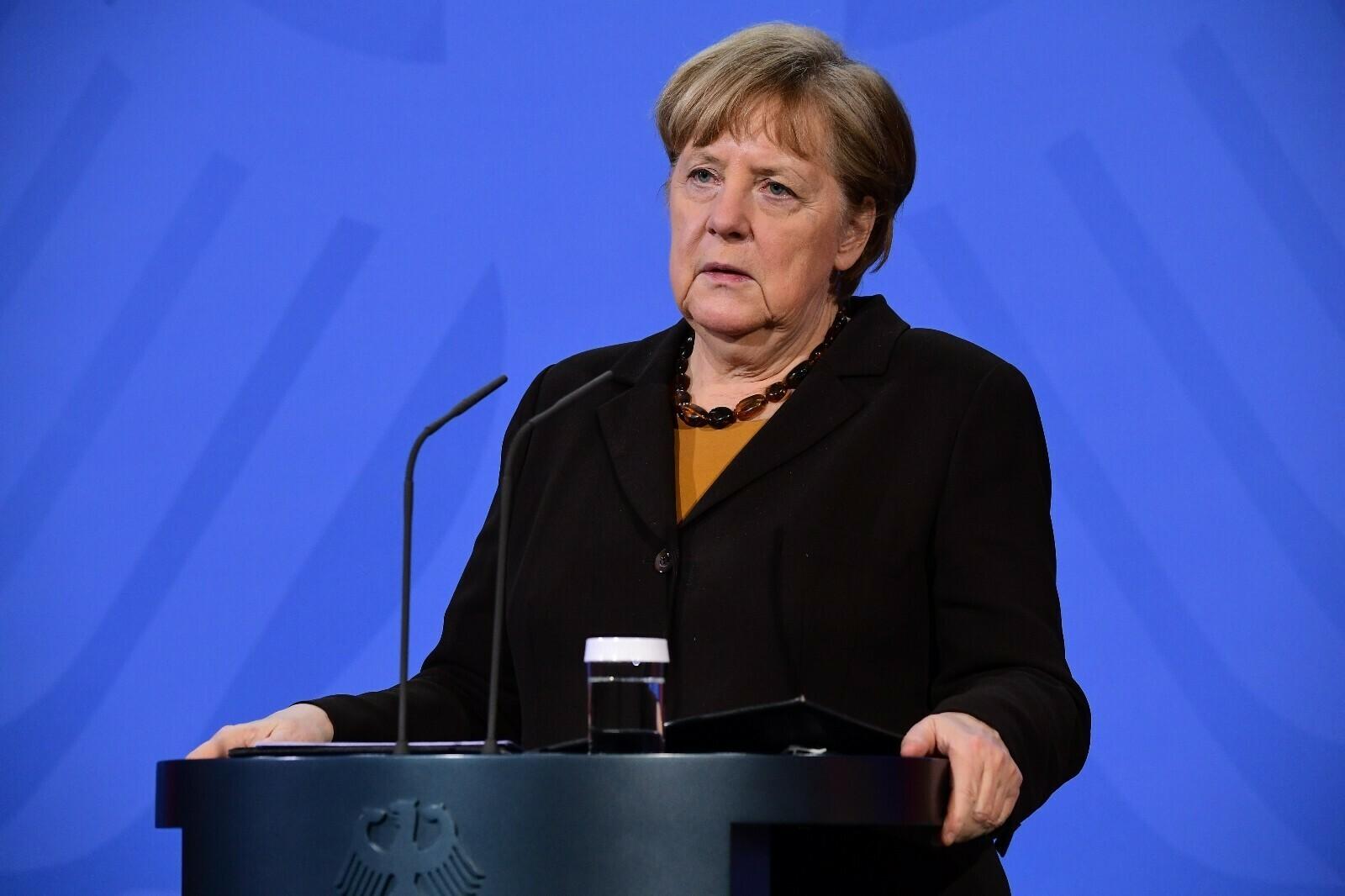 Almanya Başbakanı Merkel'den üçüncü dalga uyarısı