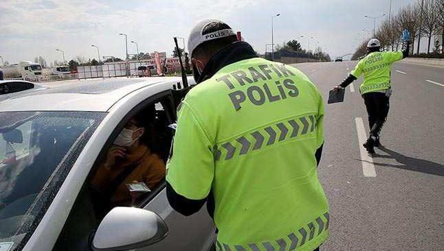 SON DAKİKA! İçişleri Bakanlığı, hafta sonu sokağa çıkma kısıtlamasıyla ilgili açıklama...