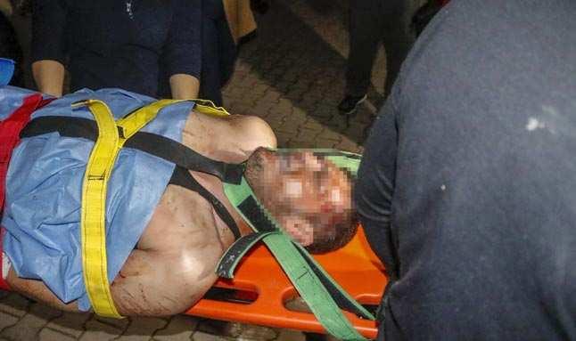 Antalya'da annesinin öldüğü haberini aldı! Cinnet getiren adam kendini kesti...