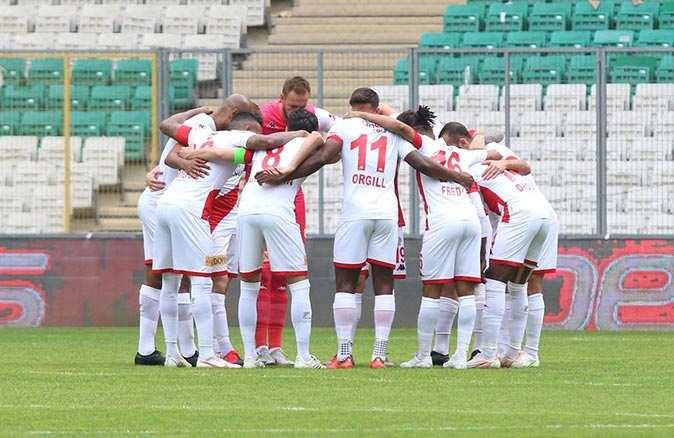 Antalyaspor 16'ıncı beraberliğini aldı