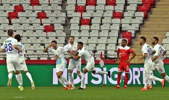 Antalyaspor'da yüzler bir türlü gülmüyor