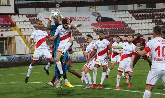 Hatay karşısında makus tarihi değiştiremedi! Antalyaspor yine yenildi...