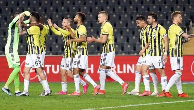 Fenerbahçe, Kasımpaşa karşısında ilk yarıda işi bitirdi
