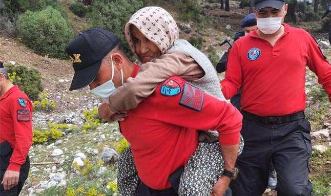 Antalya'da kaybolan yaşlı kadın, dağlık alanda bulundu