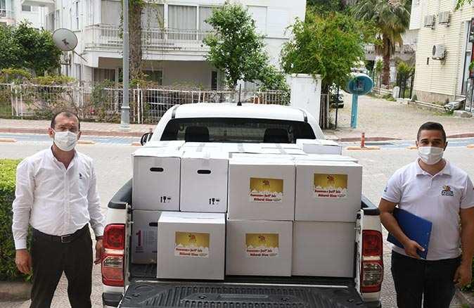 Kemer Belediyesi gıda yardımına devam ediyor