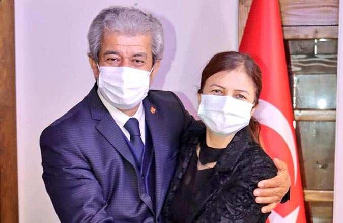 Onurlu bayrak değişimi! AGF'ye kadın Genel Başkan
