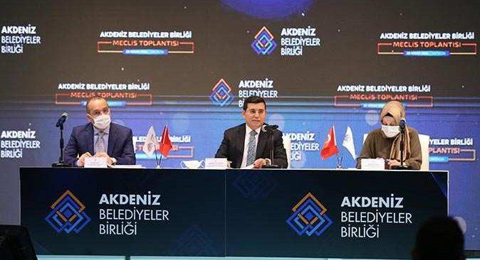 Başkan Hakan Tütüncü 4'üncü kez AKBB Başkanı seçildi