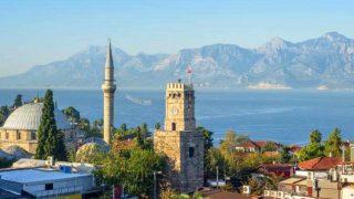 Antalya'da korkutan tırmanış!