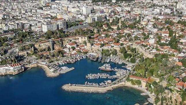12 Nisan Pazartesi Antalya'da hava durumu...