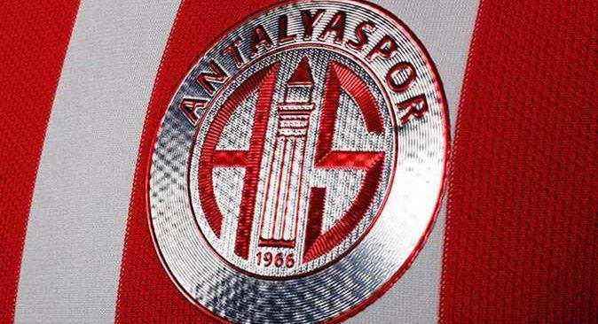 Antalyaspor'da Hatayspor maçı öncesi 6 oyuncu forma giyemeyecek