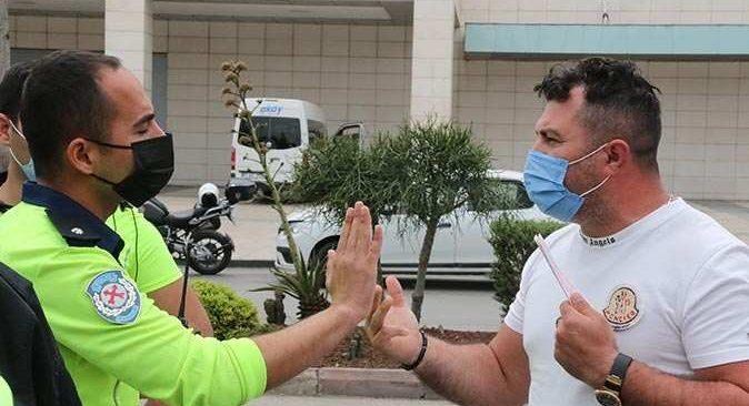 Antalya'da lüks cipin sürücüsü polise zor anlar yaşattı: Aracımda 1 trilyon var bırakamam