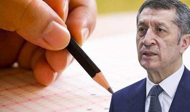 Son dakika... Bakan Selçuk'tan canlı yayında sınavlara ilişkin açıklama yaptı...