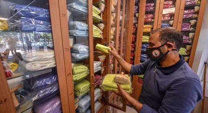 Antalya'da berber Hüseyin Dinçsoy'dan müşterilerine özel hizmet!