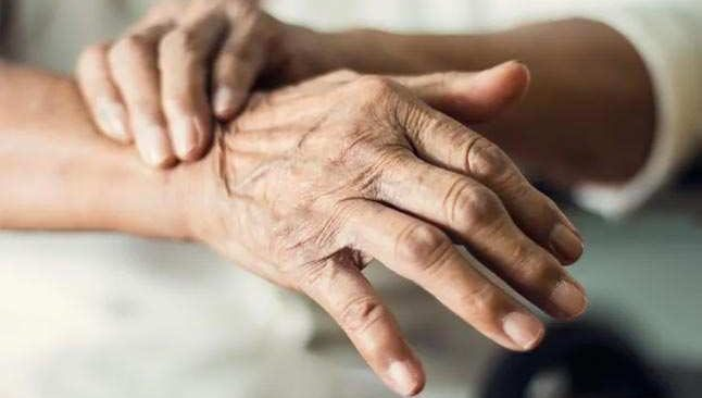 Parkinson tedavisinde çözüm beyin pili mi?