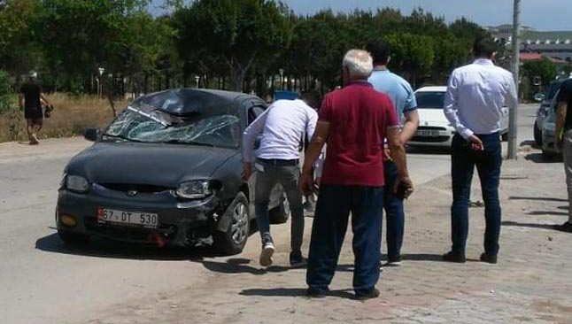 Antalya'da otomobilin çarptığı yaşlı adam yaralandı
