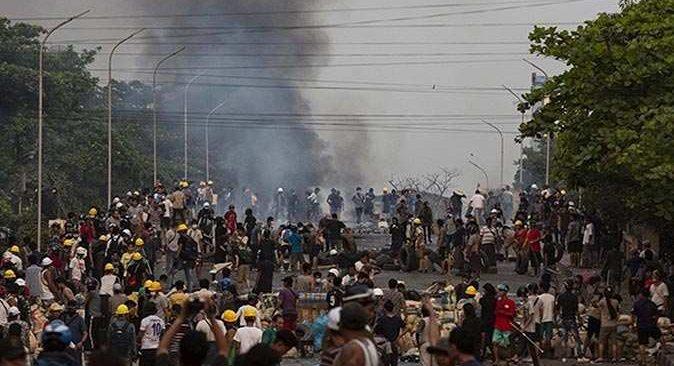 Myanmar'da 19 kişi idam cezasına çarptırıldı