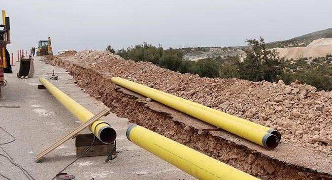 Korkuteli'nde doğalgaz için kazı çalışmaları başladı