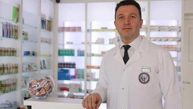Antalya'da eczane saatlerine 'Tam kapanma' düzenlemesi