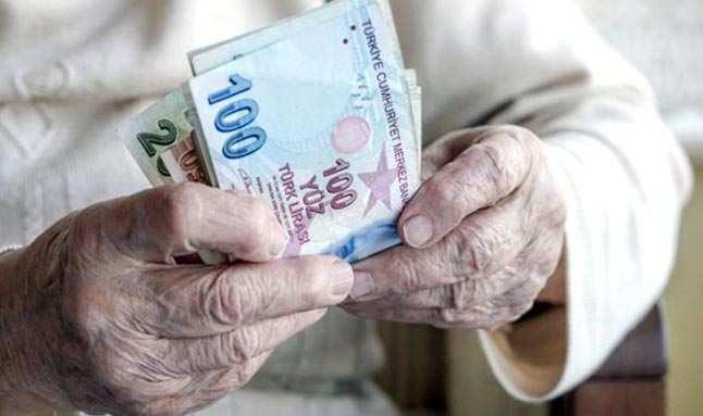 Milyonların merakla beklediği o haber... Emekli ikramiyesi ne kadar?