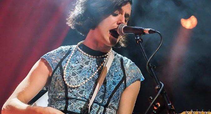 Ünlü müzisyen Ezra Furman transeksüel olduğunu açıkladı