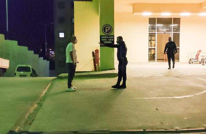 Antalya'da koronavirüs hastası adam karantinadan kaçıp ortalığı birbirine kattı