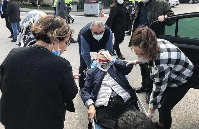 İYİ Parti Ankara Milletvekili Durmuş Yılmaz ve eşi kaza geçirdi