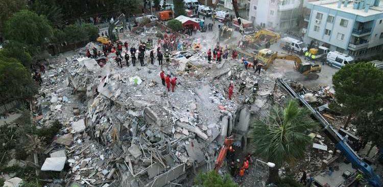 SON DAKİKA... İzmir depremi sonrası 22 kişi hakkında gözaltı kararı!