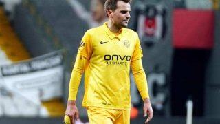 Kulusic'in kendi kalesine attığı goller sonrası sosyal medya yıkıldı: Heykeli dikilsin
