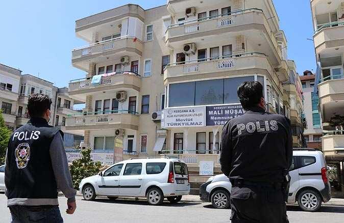 Alanya'da 10 kişinin koronavirüse yakalandığı apartman karantinaya alındı
